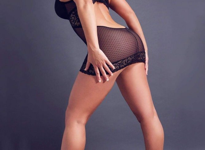 Independent escort Montreal