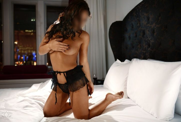 Montreal escort Christine Banks