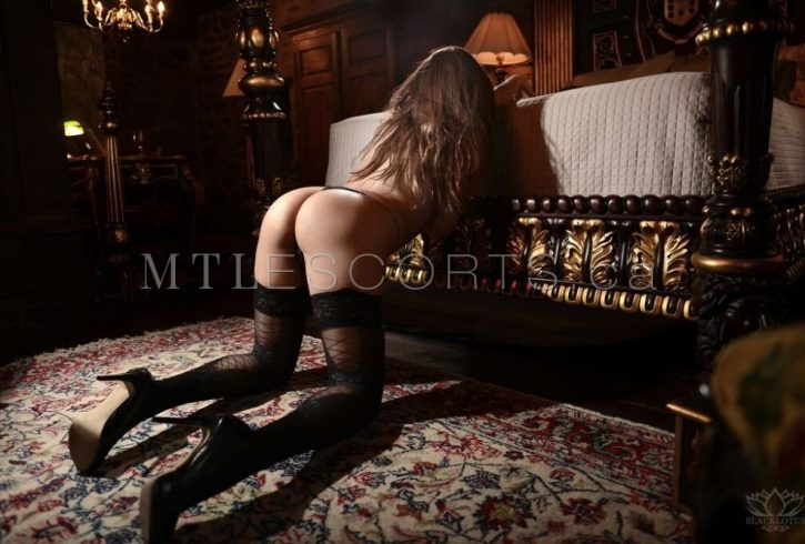 seductive-escort-montreal