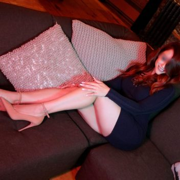 fetish-escort-montreal-anna-perrena