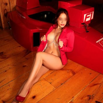 fit-escort-montreal-athletic-anna-perrena