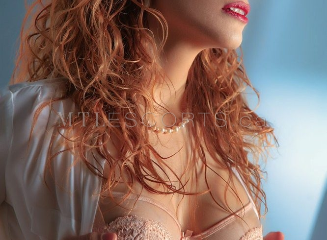 Busty escort Montreal Anna Perrena