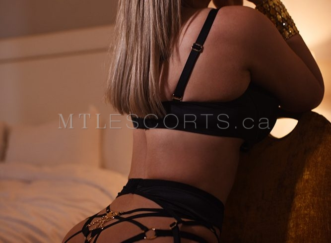 Montreal escort for couples Rose Paradis