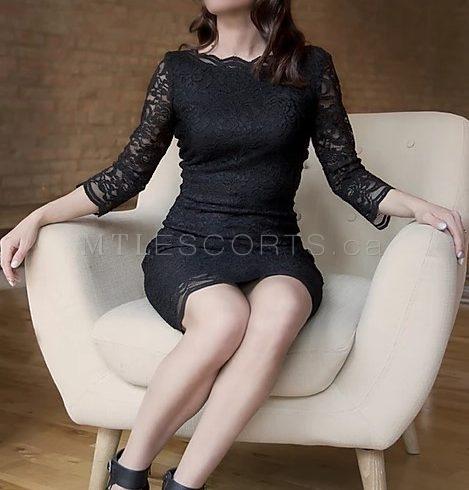 Independent mature escort Montreal Roxanne Valois